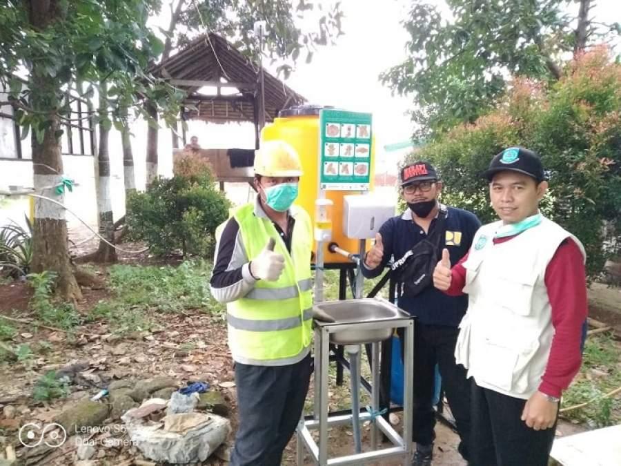Pemkot Tangsel Pasang Ratusan Washtafel dan Penyemprotan Wilayah