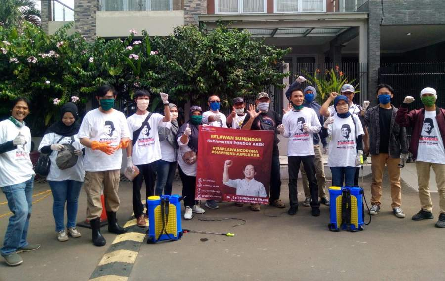 Relawan Suhendar Turun ke Jalan, Kawasan Kucica Bintaro Disemprot Disinfektan