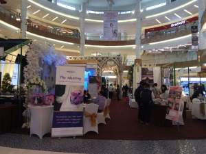 Bertema Majestic Barcelona, Royal Wedding Fair Dihelat di SMS