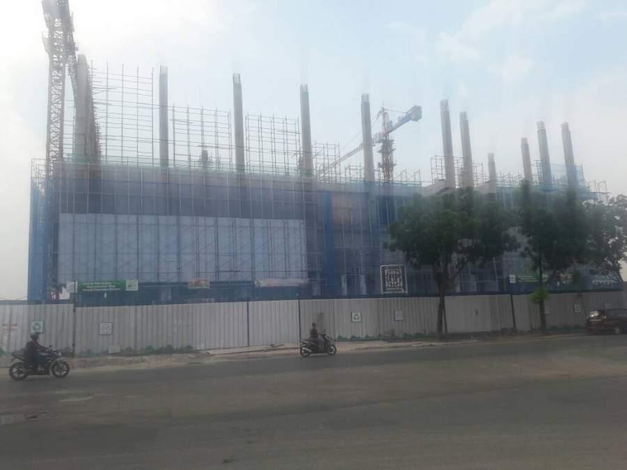 Tampak tidak ada Aktifitas pembangunan Transmart, pasca peyegelan oleh Satpol PP Tangsel