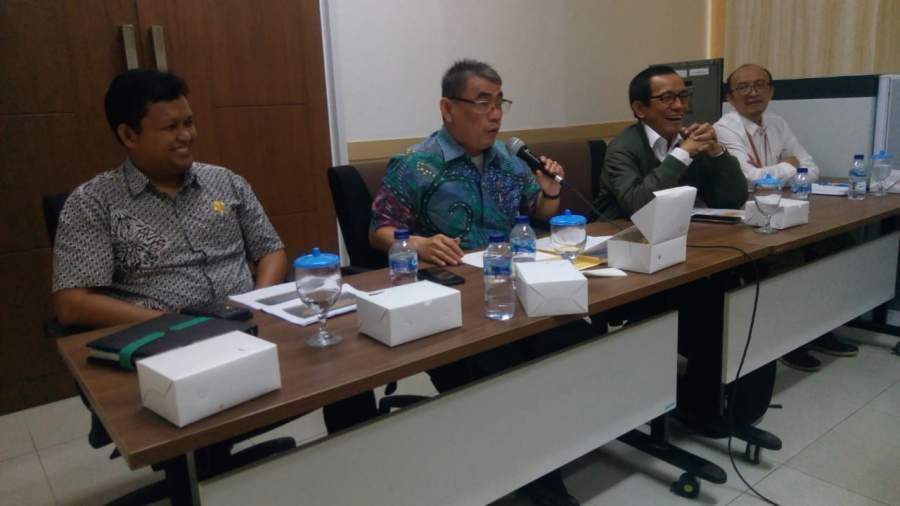Komisi ll DPRD Tangsel saat rapat dengar pendapat bersama Batan dan Dinkes soal temuan radioaktif di komplek Batan.