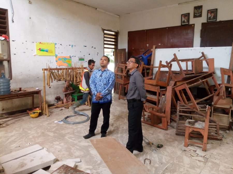 Pastikan KBM Berjalan Baik, Komisi lV DPRD Tangsel Sidak Gedung SDN 01 Bambu Apus