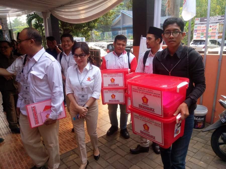 Tiga Parpol Peserta Pemilu 2019 Kembali Serahkan Berkas ke KPU Tangsel