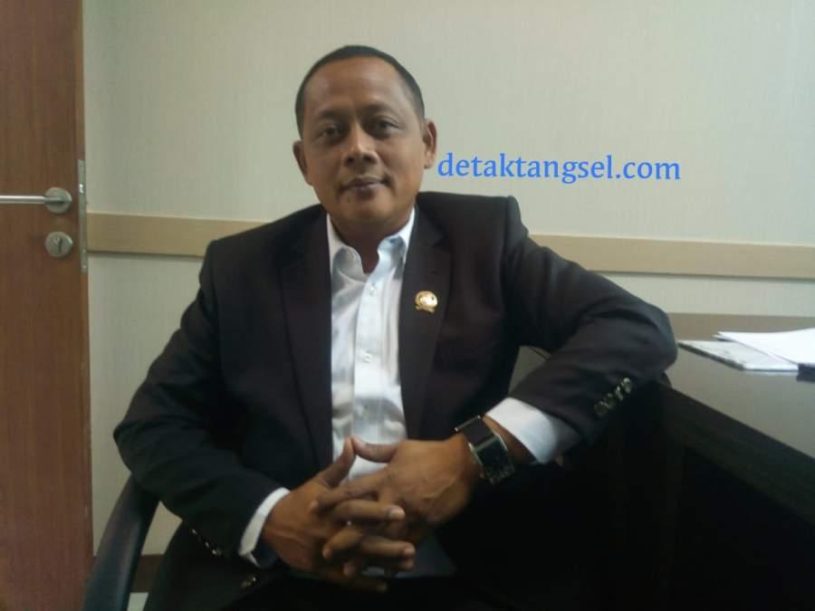 Wawan Syakir Darmawan, Sekretaris Fraksi Demokrat DPRD Tangsel.