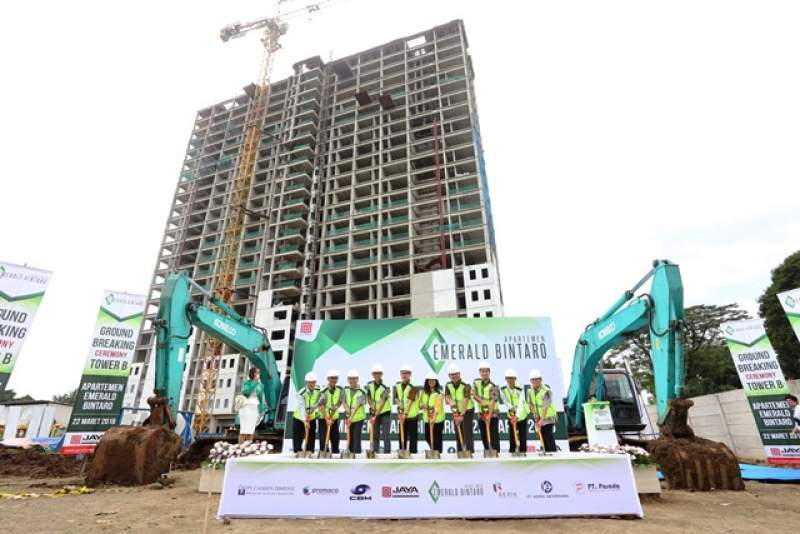 Groundbreaking apartemen Emerald Bintaro tower B