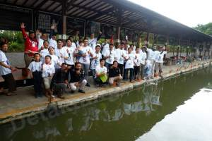 Peserta Lubana Strike The Monster Competition sebelum mengikuti lomba mancing.